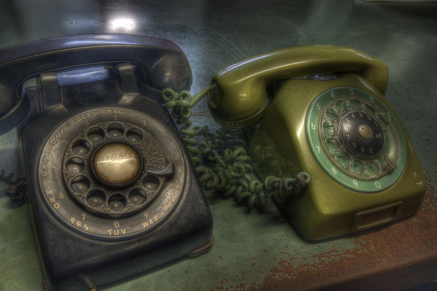 Gamla telefoner. Ett tidigt exempel på sociala medier?